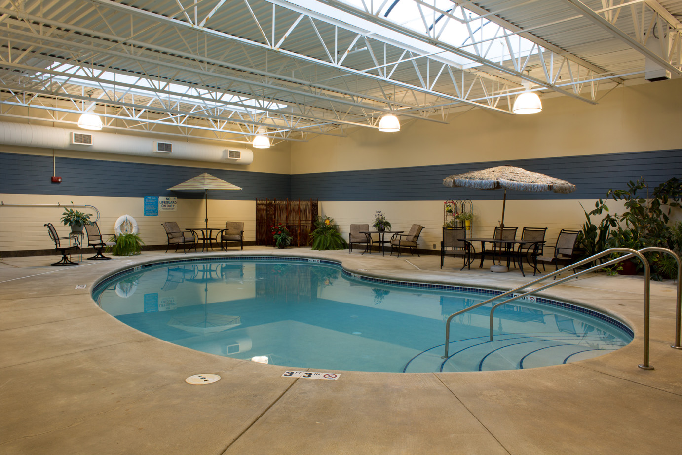 Independent retirement living waterloo iowa bridges for Waterloo rec centre swimming pool